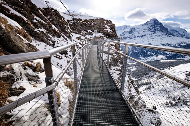 フィルスト断崖雪壁の吊橋(クリフウォーク)の写真