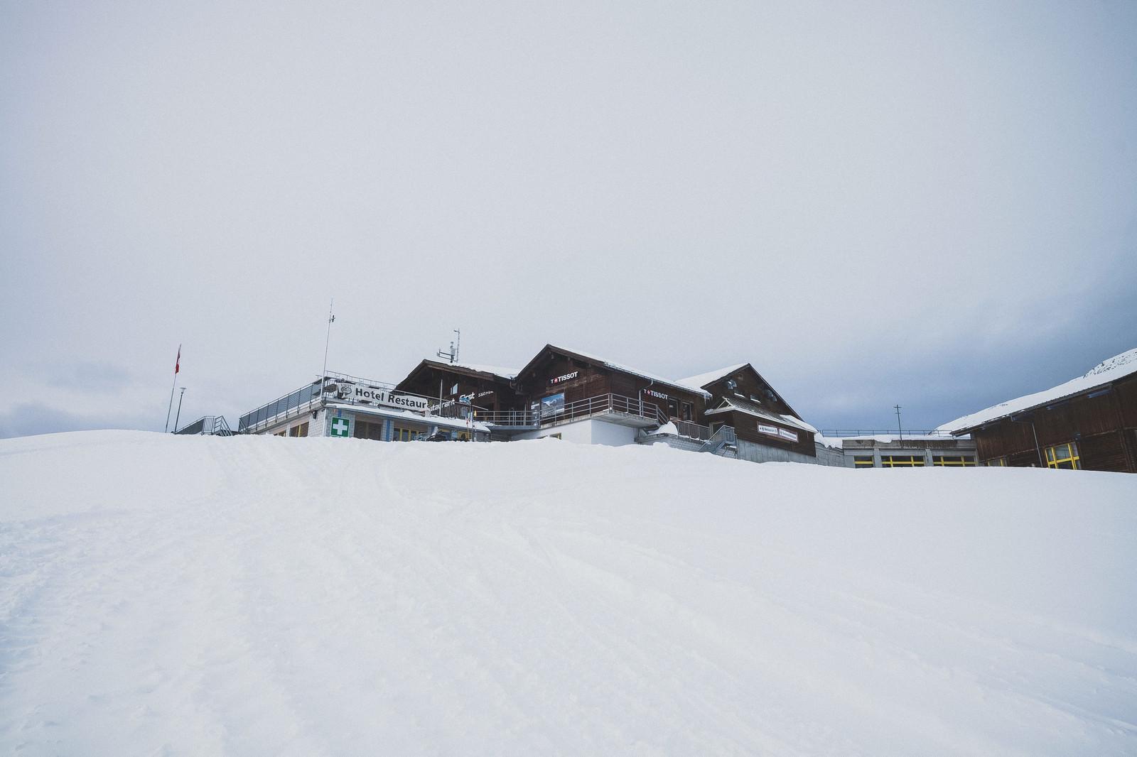 「標高2200Mにあるフィルストの宿泊施設(スイス)」の写真