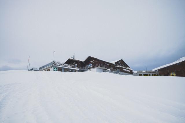 標高2200Mにあるフィルストの宿泊施設(スイス)の写真