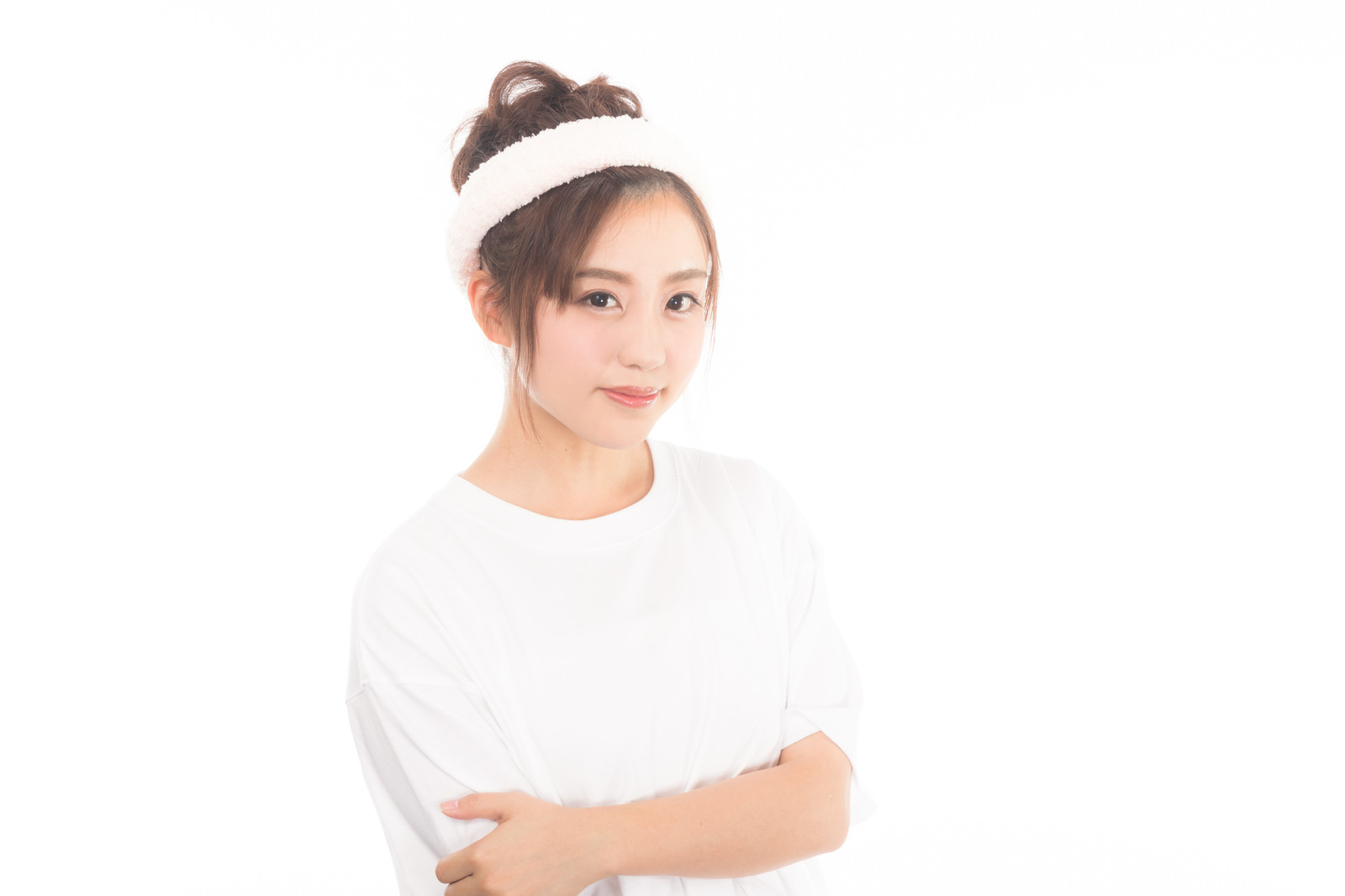 「クレンジング前の女性クレンジング前の女性」[モデル:河村友歌]のフリー写真素材を拡大