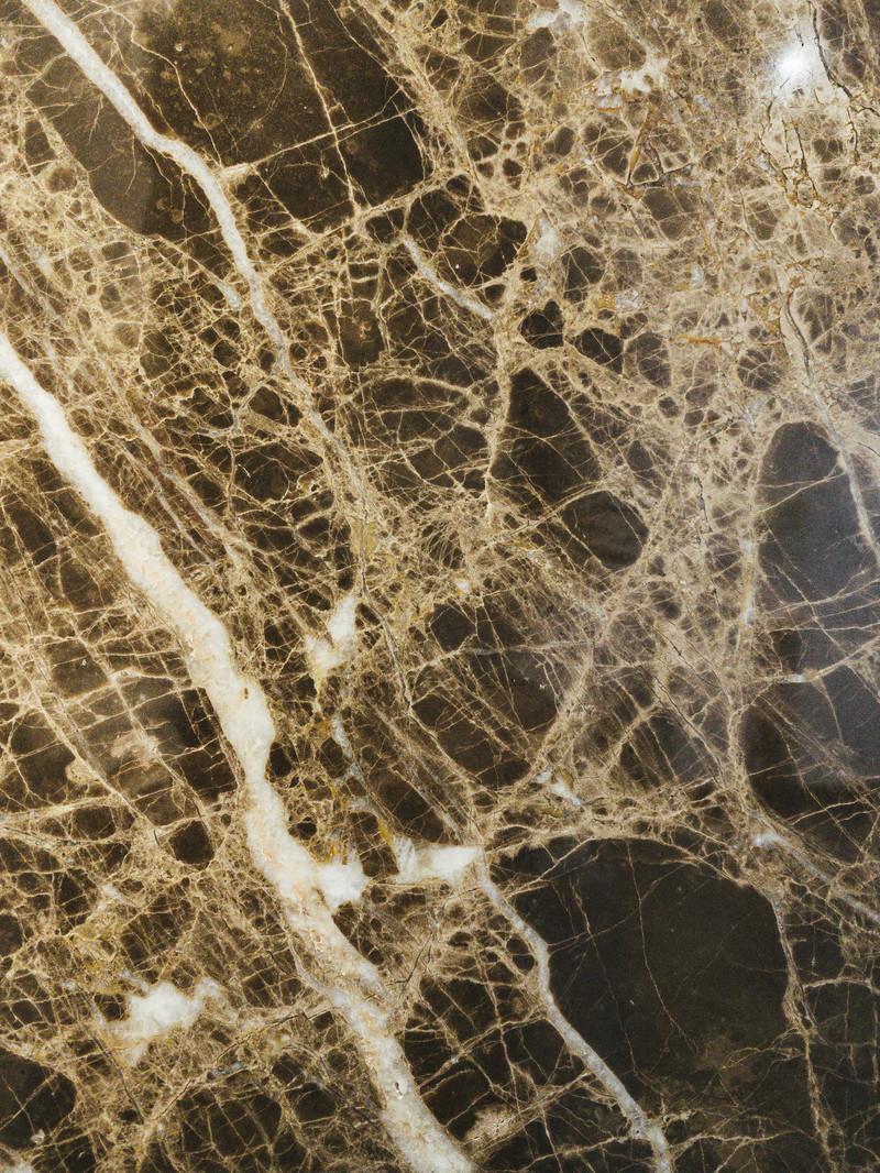 「無数の筋が走る大理石のタイル(テクスチャ)」の写真