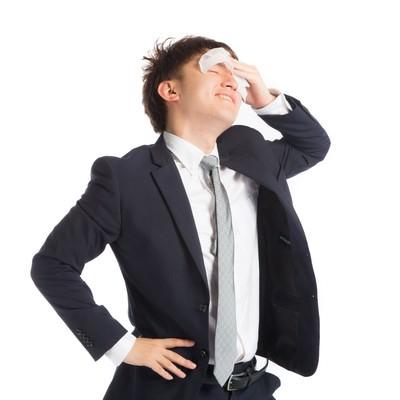 真夏日にスーツは暑くてツライ・・・キモチィイの写真