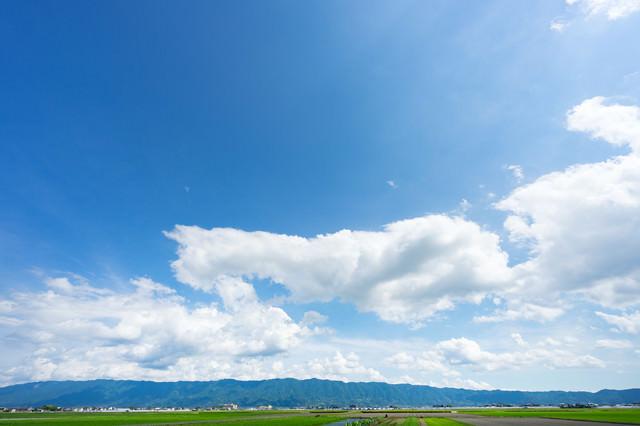 青空と大刀洗の平野の写真