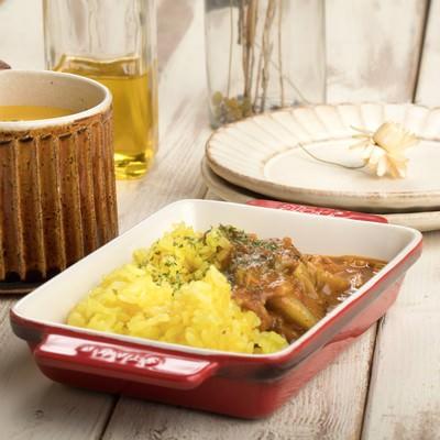 「カレーとポタージュの夕食」の写真素材