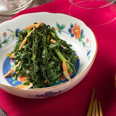 「簡単料理でヘルシーな春菊のナムル」の写真素材