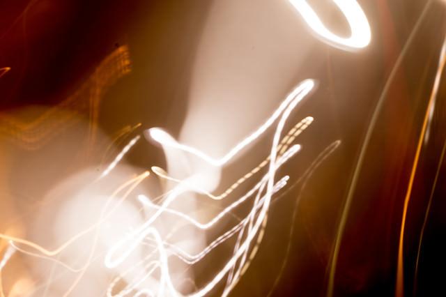 ボケと光の跡の写真
