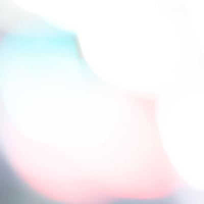 「閃光とボケ味の写真」の写真素材