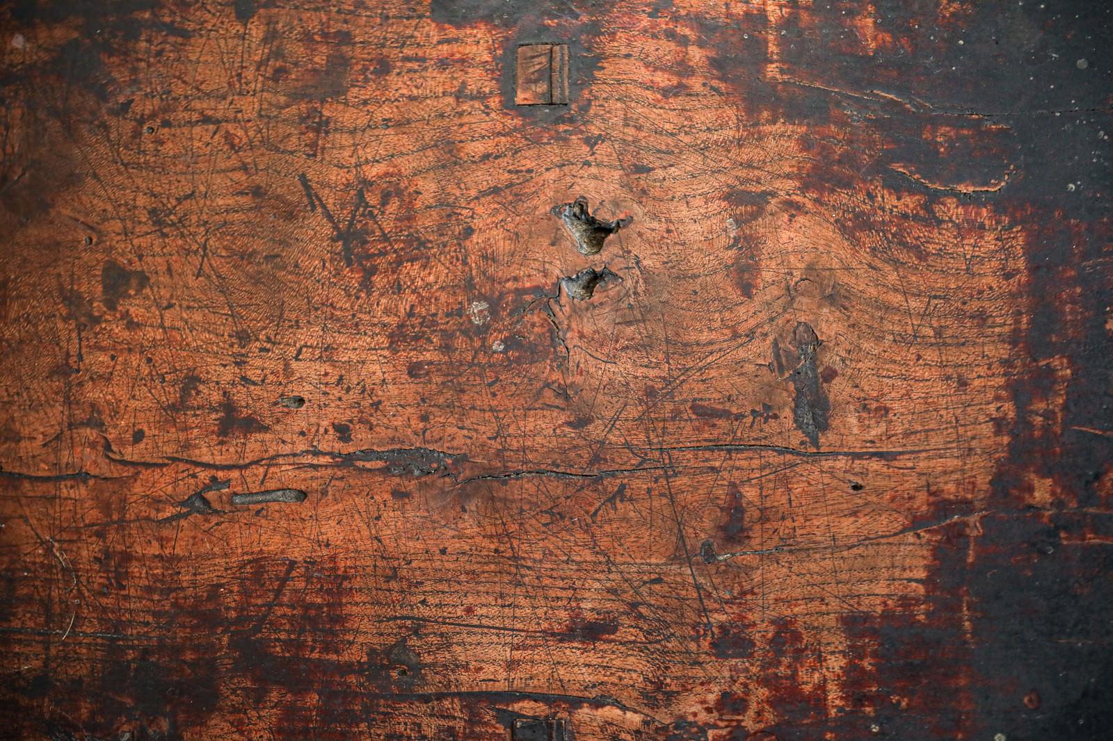 「使い込まれたレトロ調の天板(テクスチャ)」の写真