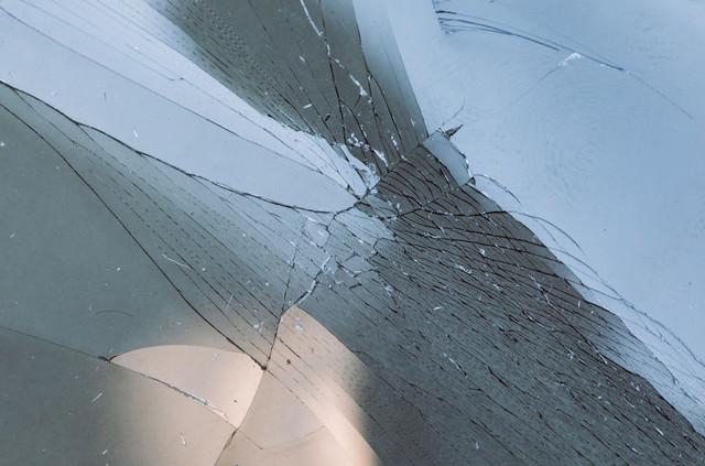 ガラス破損の写真