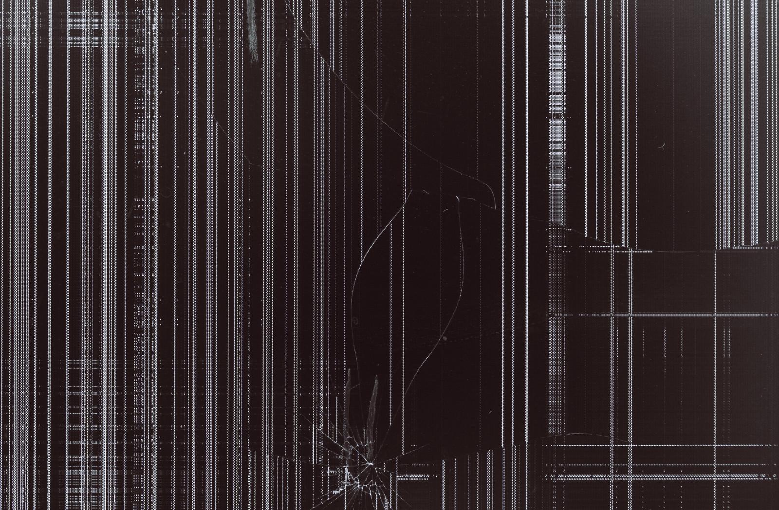 「破損して表示がバグった液晶モニター」の写真