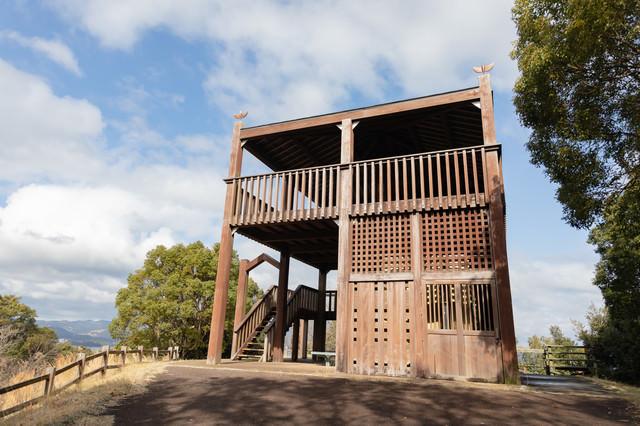 崎野自然公園にある展望台の写真
