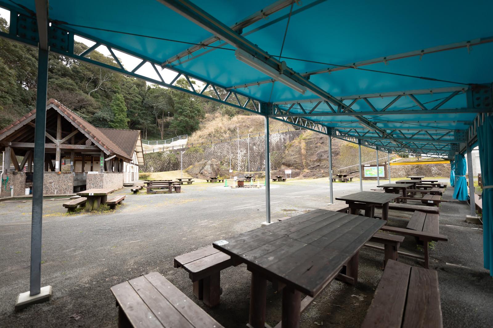 「崎野自然公園のデイキャンプ上」の写真