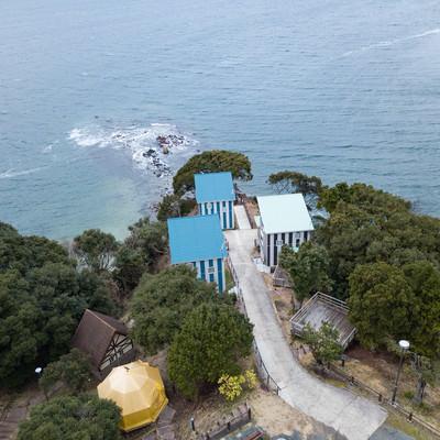 崎野自然公園キャンプ場に新設されたコテージを上空から撮影の写真