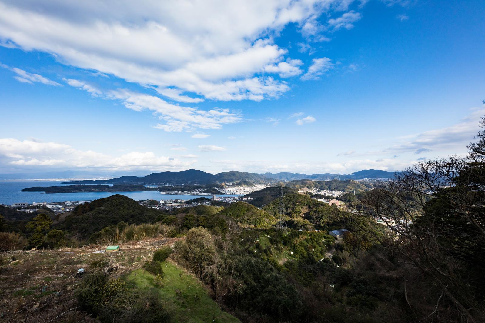 「鳴鼓岳から見下ろす時津町の港」の写真