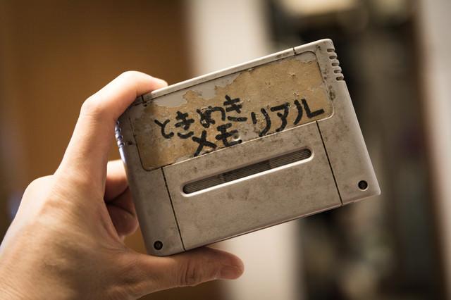 借りパクされたカセットのタイトルが手書きの写真