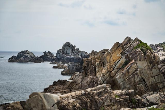 花崗岩の海岸線「ムシロ瀬」の写真