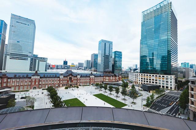 東京駅丸の内駅前の写真