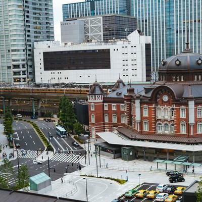東京駅丸の内北口の様子の写真