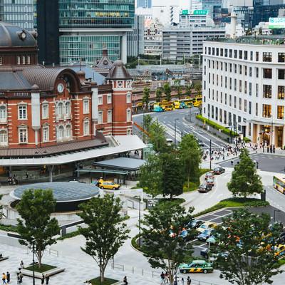 東京駅丸の内南口の様子の写真