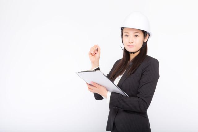 安全管理を怠らない女性社員