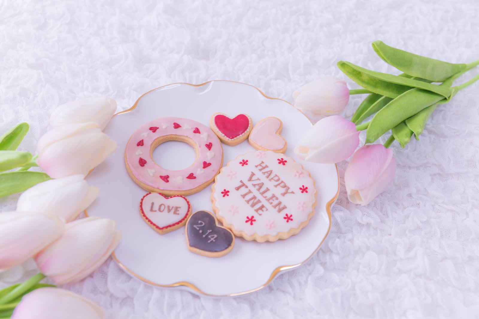 「バレンタインのアイシングクッキー」の写真
