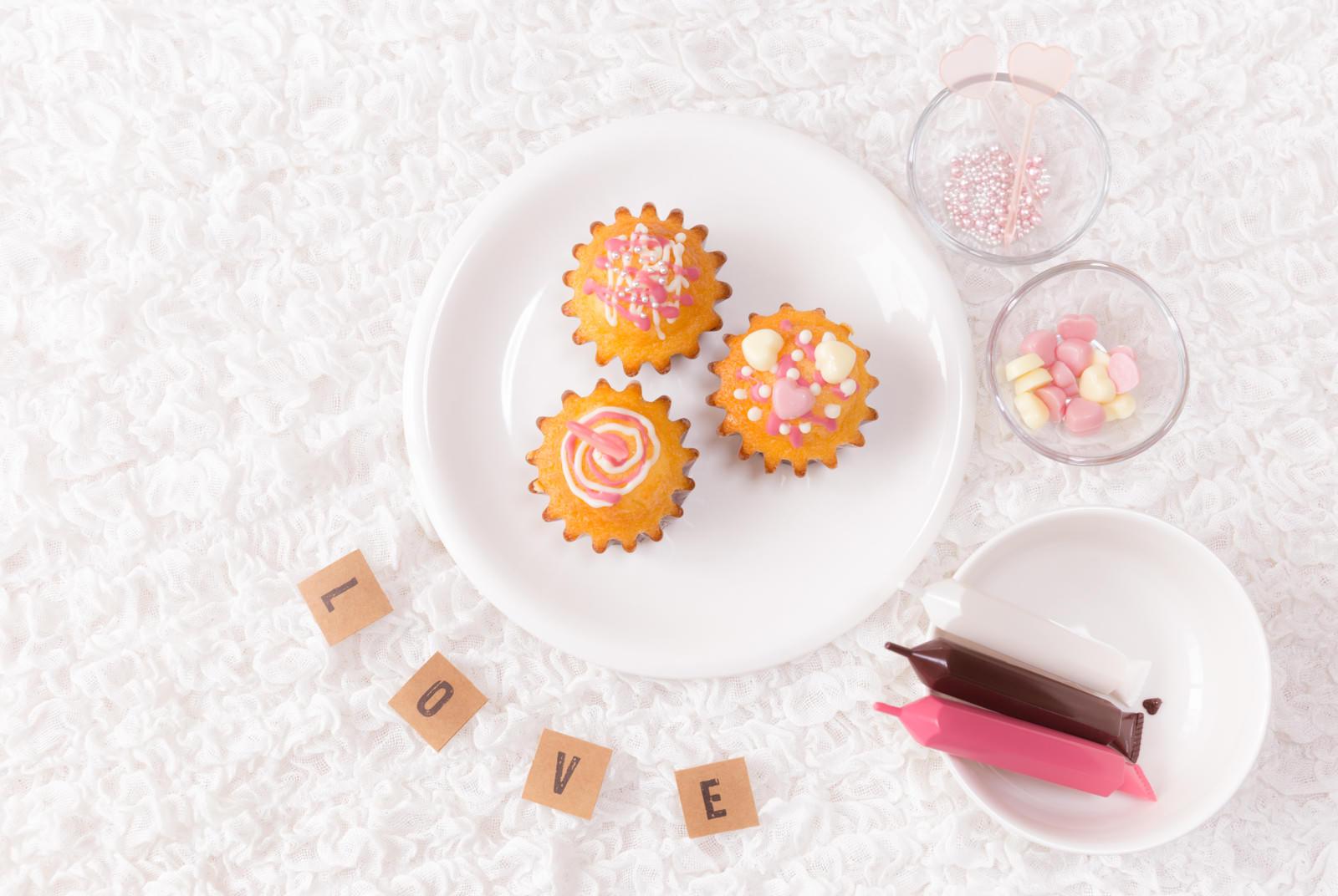 「デコったカップケーキLOVE」の写真