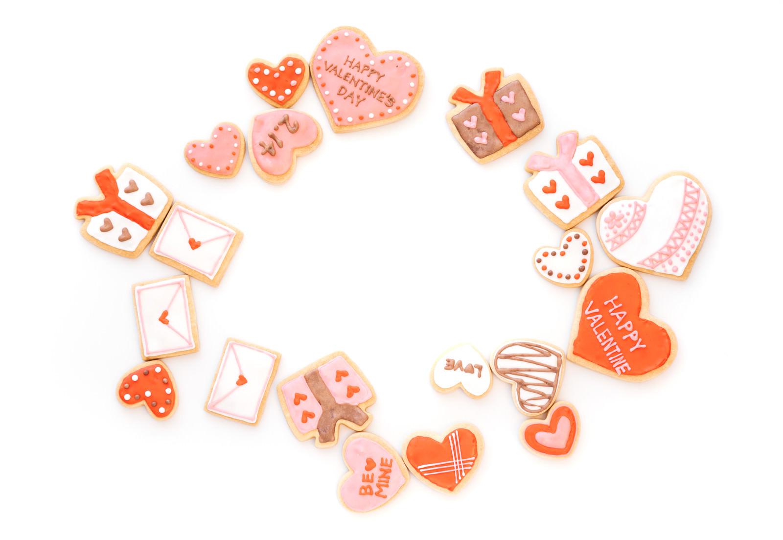 「バレンタインに使えるハート型クッキーバレンタインに使えるハート型クッキー」のフリー写真素材を拡大