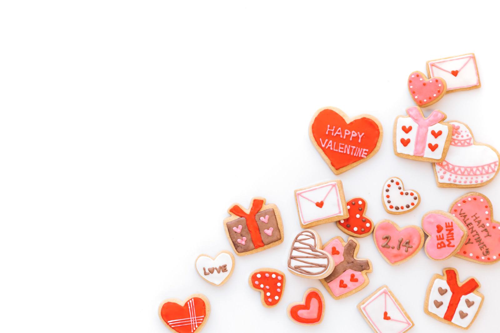 「バレンタイン用のハート素材(アイシングクッキー)バレンタイン用のハート素材(アイシングクッキー)」のフリー写真素材を拡大