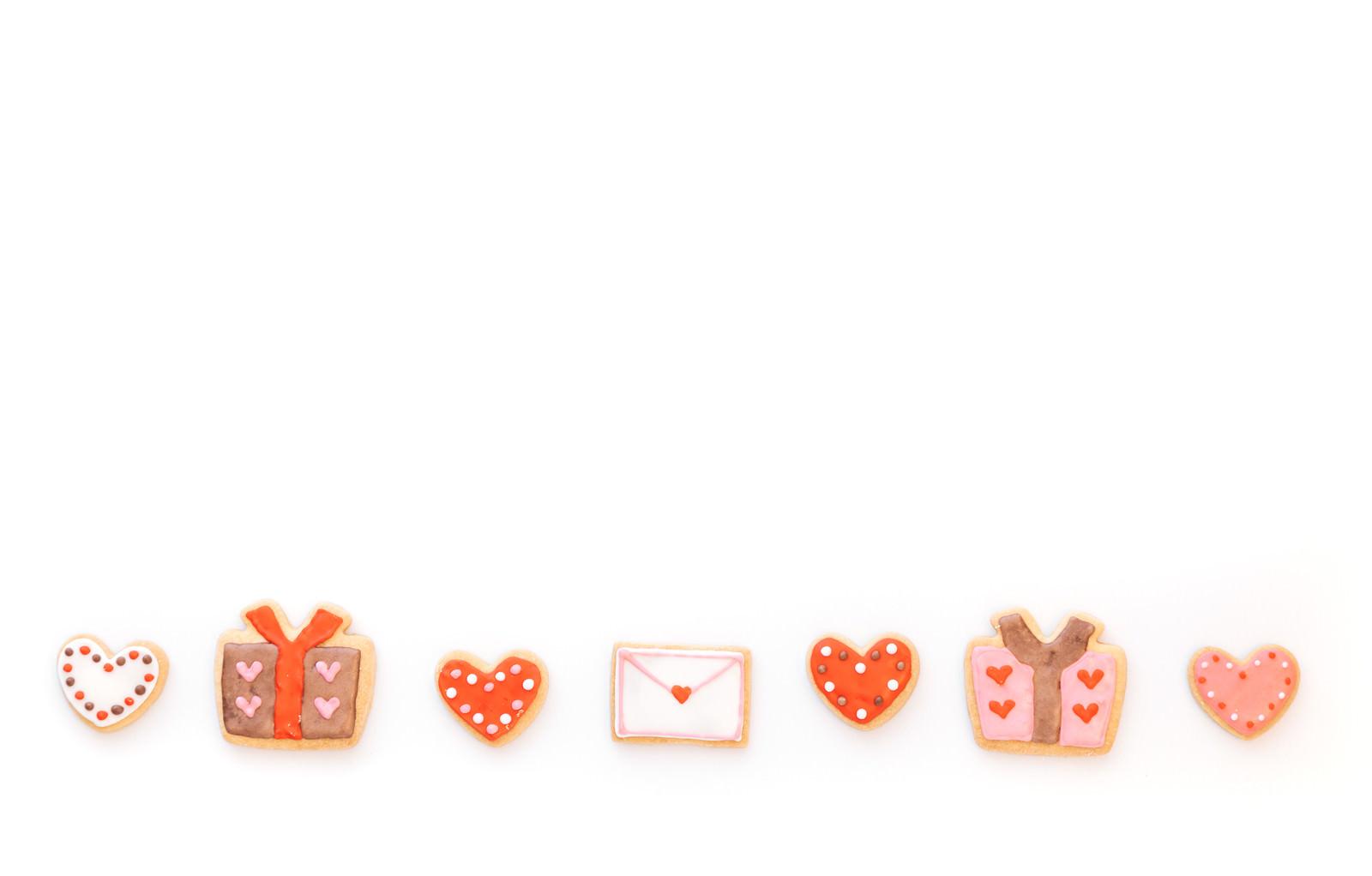 「ハート・プレゼント・ハート・ラブレターハート・プレゼント・ハート・ラブレター」のフリー写真素材を拡大