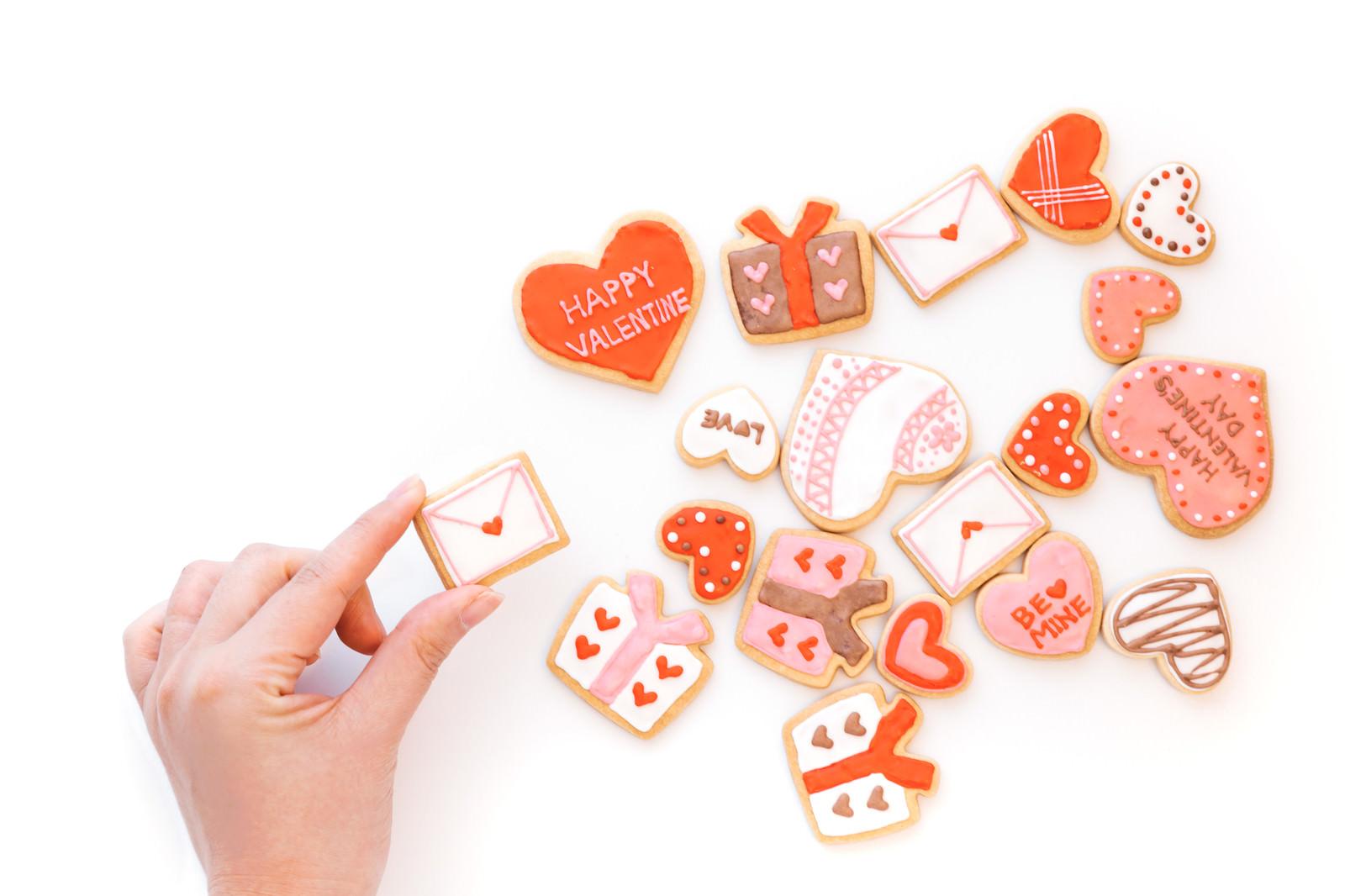 「バレンタイン用のラブレタークッキーを追加」の写真