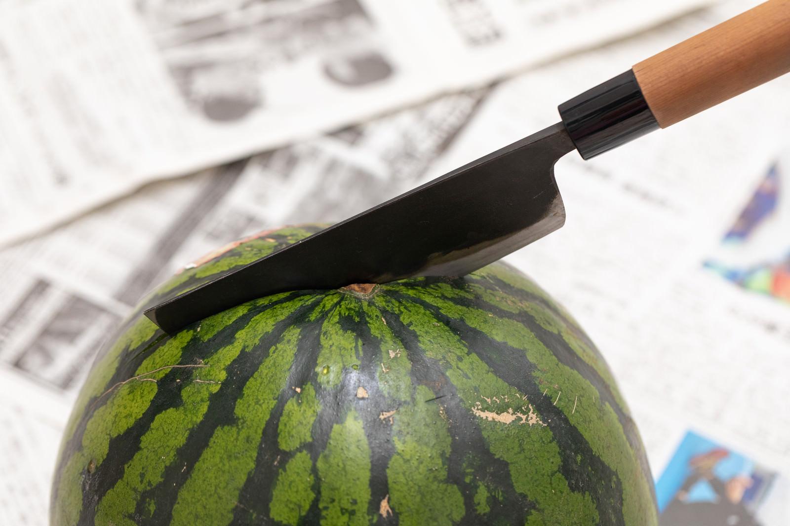 「西瓜を切断します」の写真