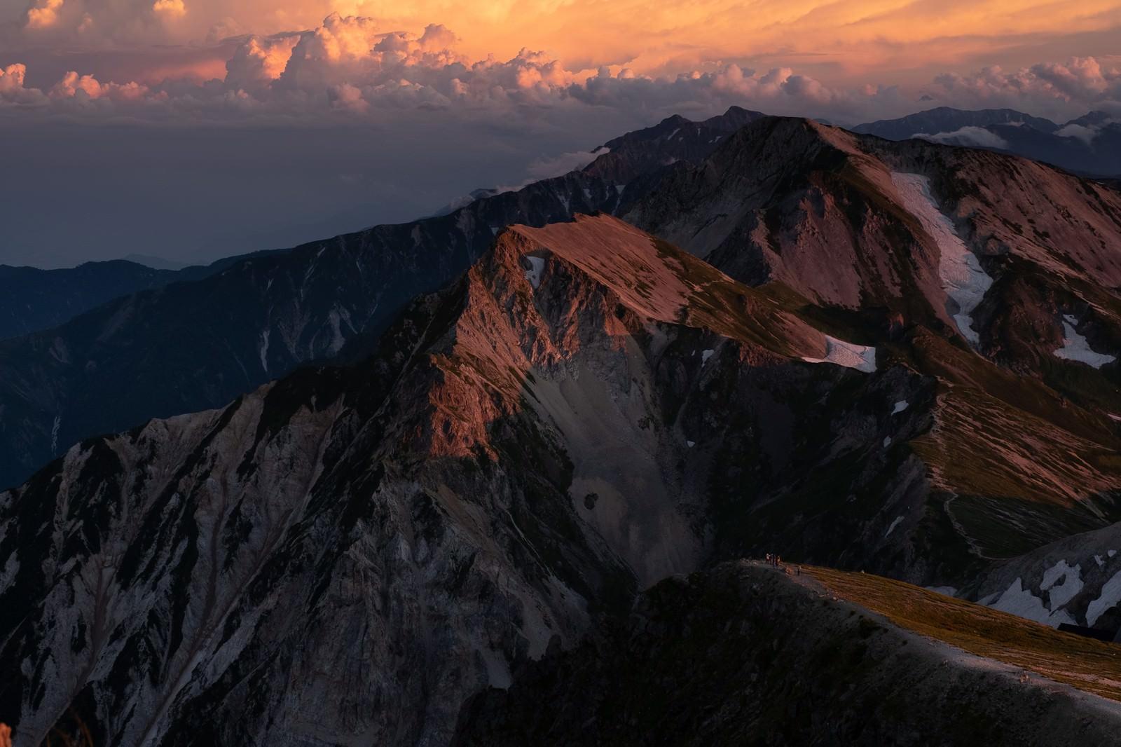 「日没間近の白馬連峰」の写真