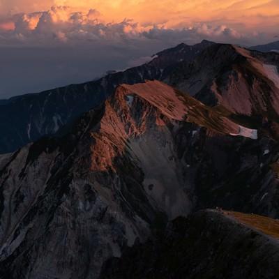 日没間近の白馬連峰の写真