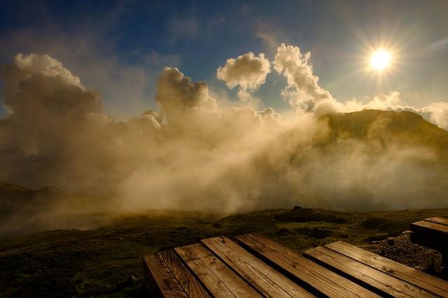 白馬山荘テラスから望む夕日の写真