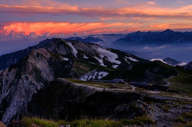 紅く染まる白馬岳からのサンセットの写真