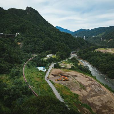 「八ッ場ダム工事中(2017年夏)」の写真素材
