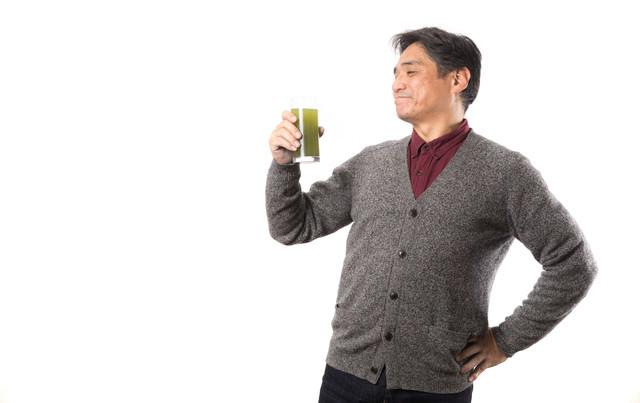 飲みやすい青汁でご満悦の写真