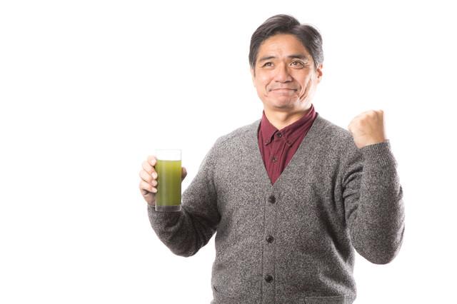 清々しい表情で青汁健康生活の写真