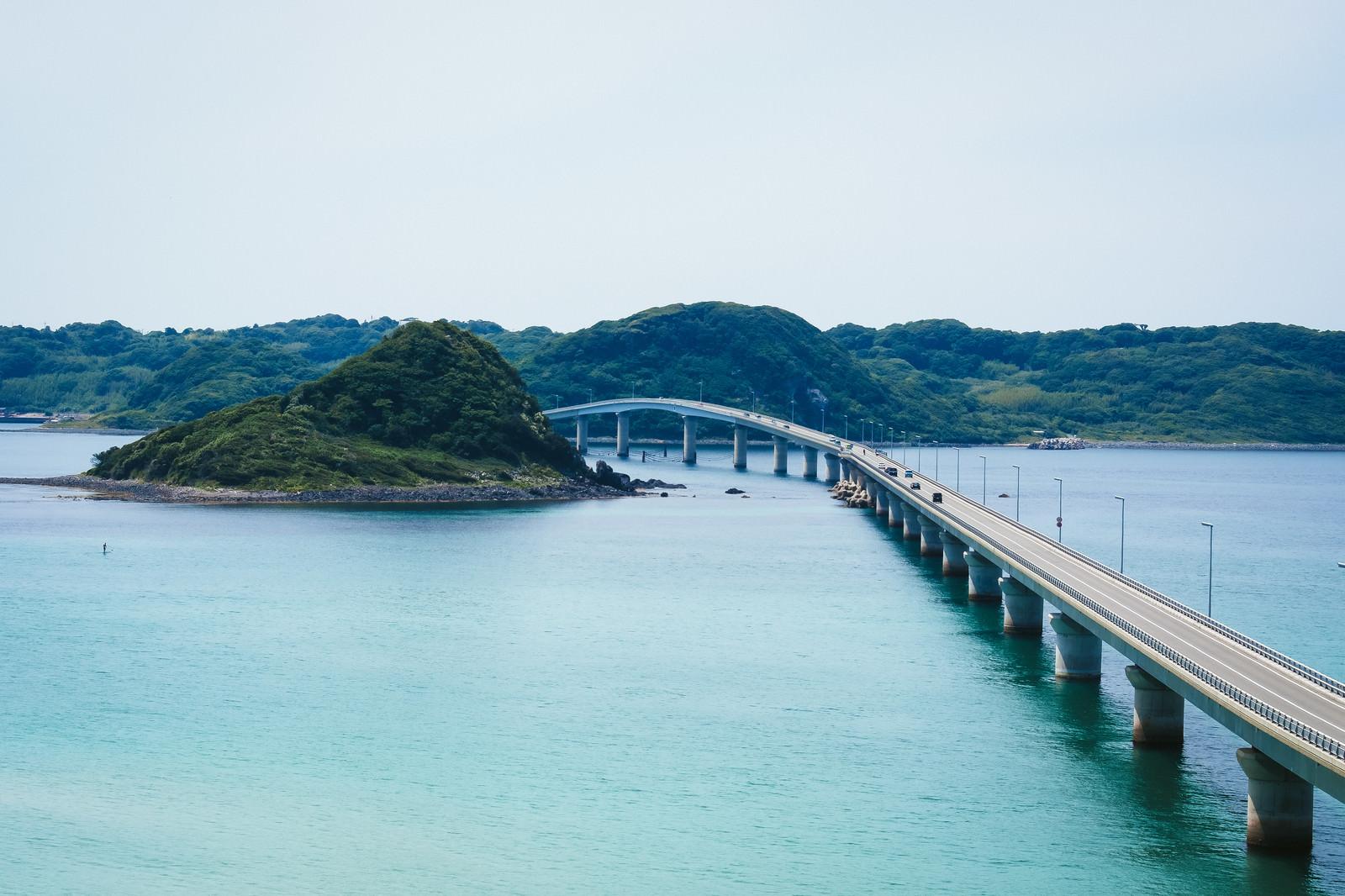 「角島大橋を南側展望台から撮影」の写真